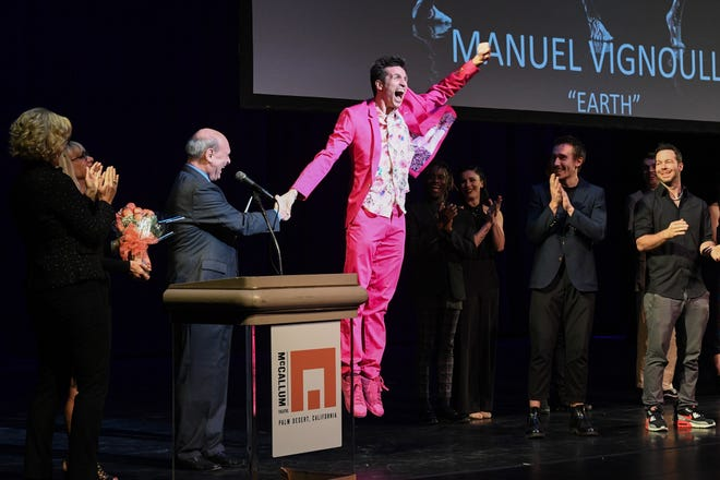 Manuel Vignoulle is announced the winner.