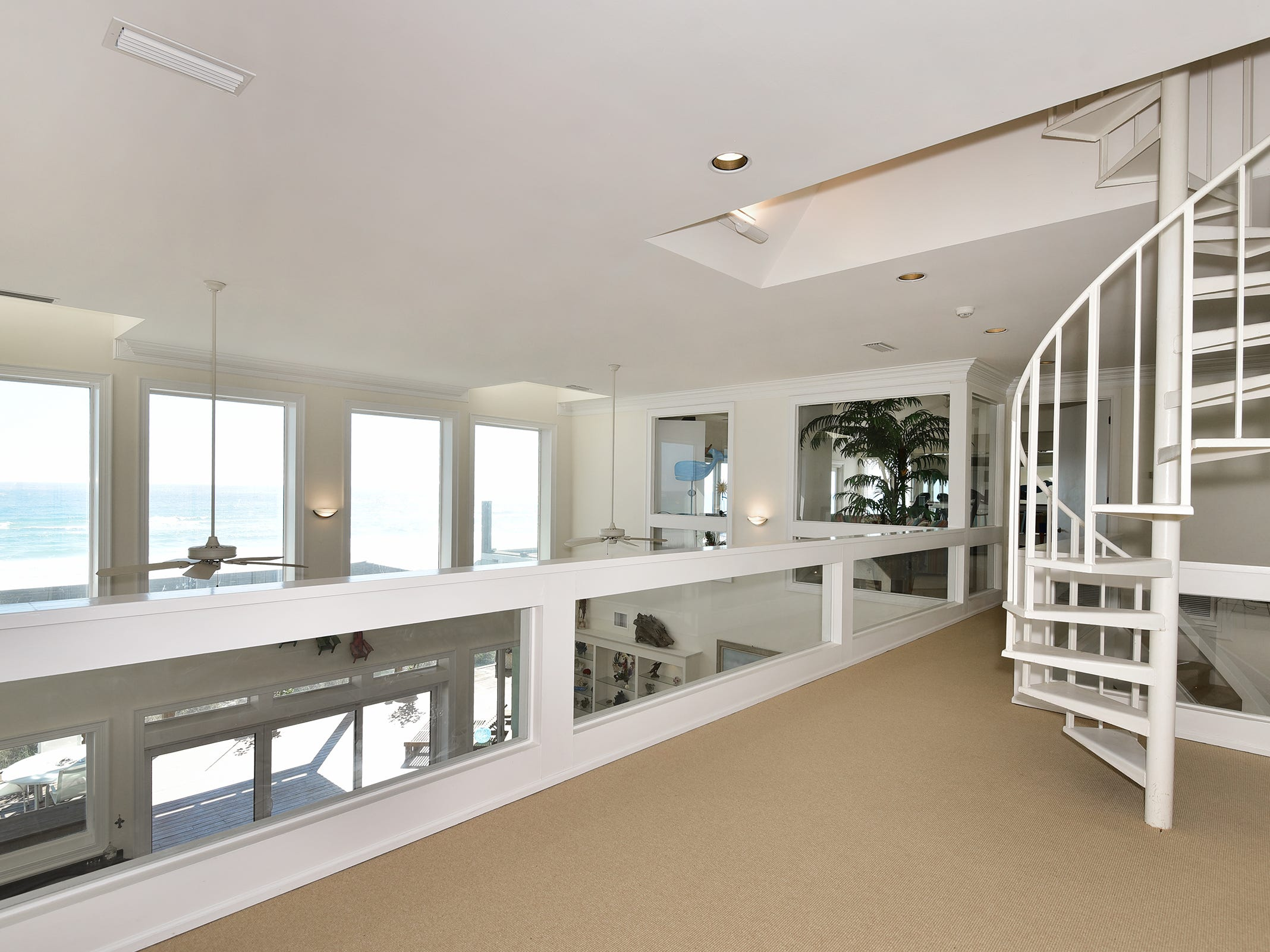 28 Calle HermosaThe upstairs overlooks the Gulf and offers access to the crow's nest.
