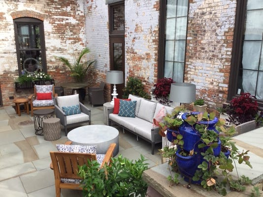 DL Home & Garden outdoor terrace