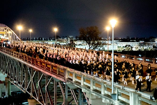 Walk On's Independence Bowl Week will include a parade crossing the Red River from Bossier to Shreveport.