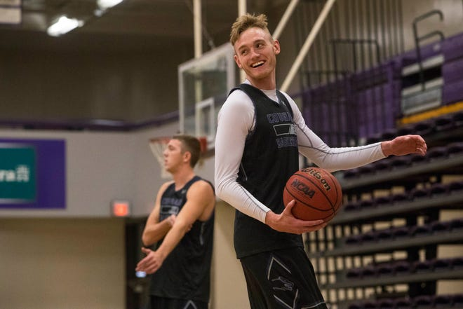 Drew Guebert (23) reacts during practice, Wednesday, Dec. 5, 2018 at the Stewart Center in Sioux Falls, S.D.