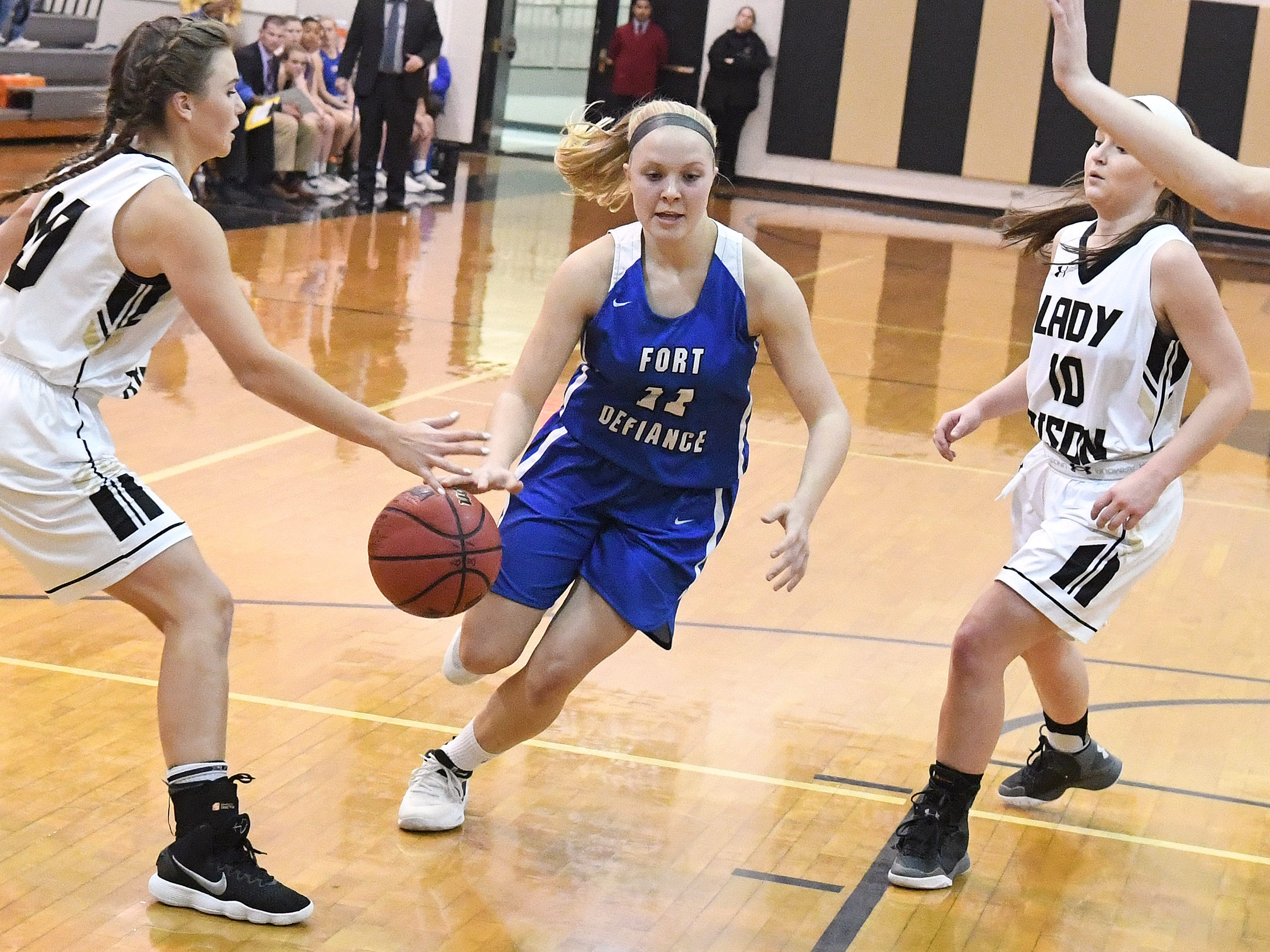 Fort Defiance's Jordan Shultz moves the ball during a game played in Swoope on Wednesday, Dec. 5, 2018.