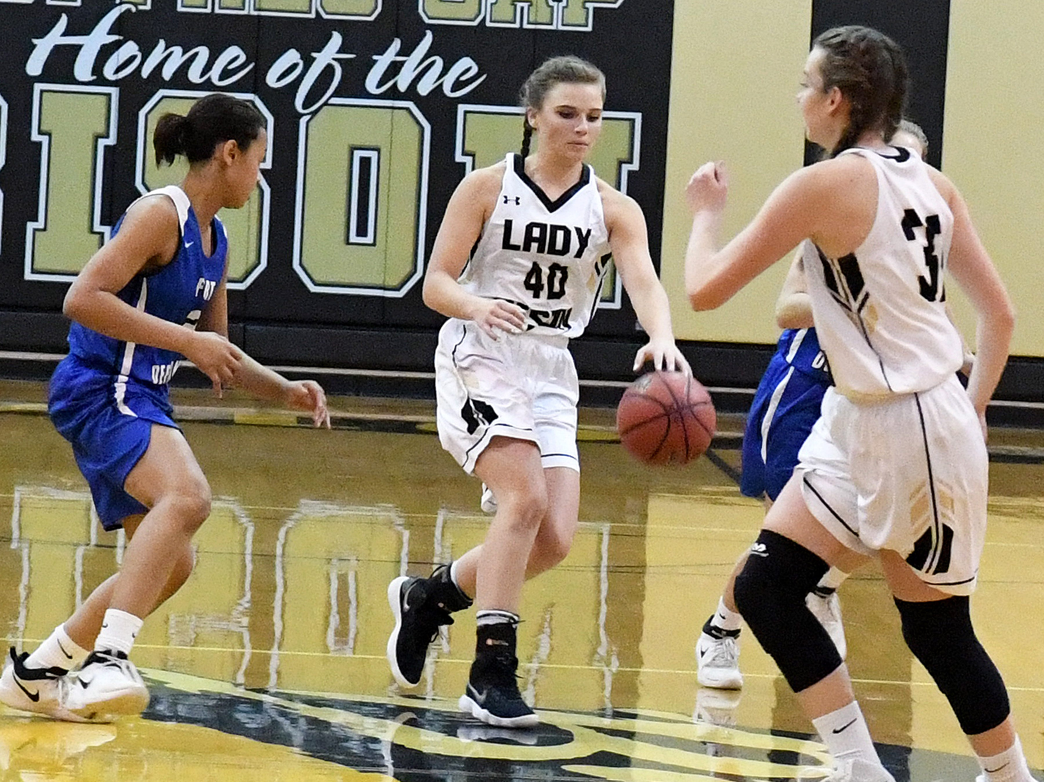 Buffalo Gap's Sydney Digman moves the ball during a game played in Swoope on Wednesday, Dec. 5, 2018.
