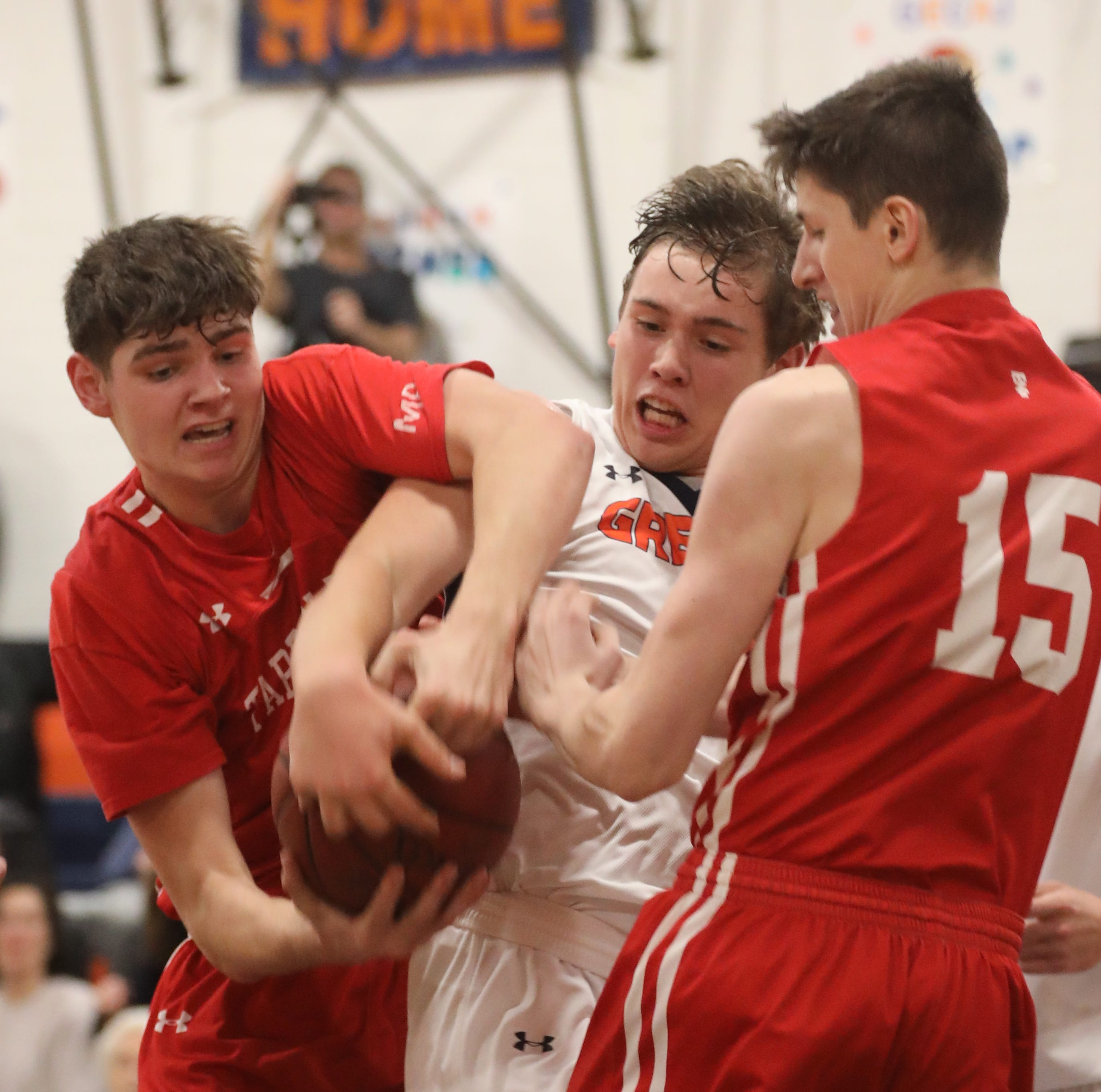 Boys basketball: In another thriller, Tappan Zee earns season-opening win