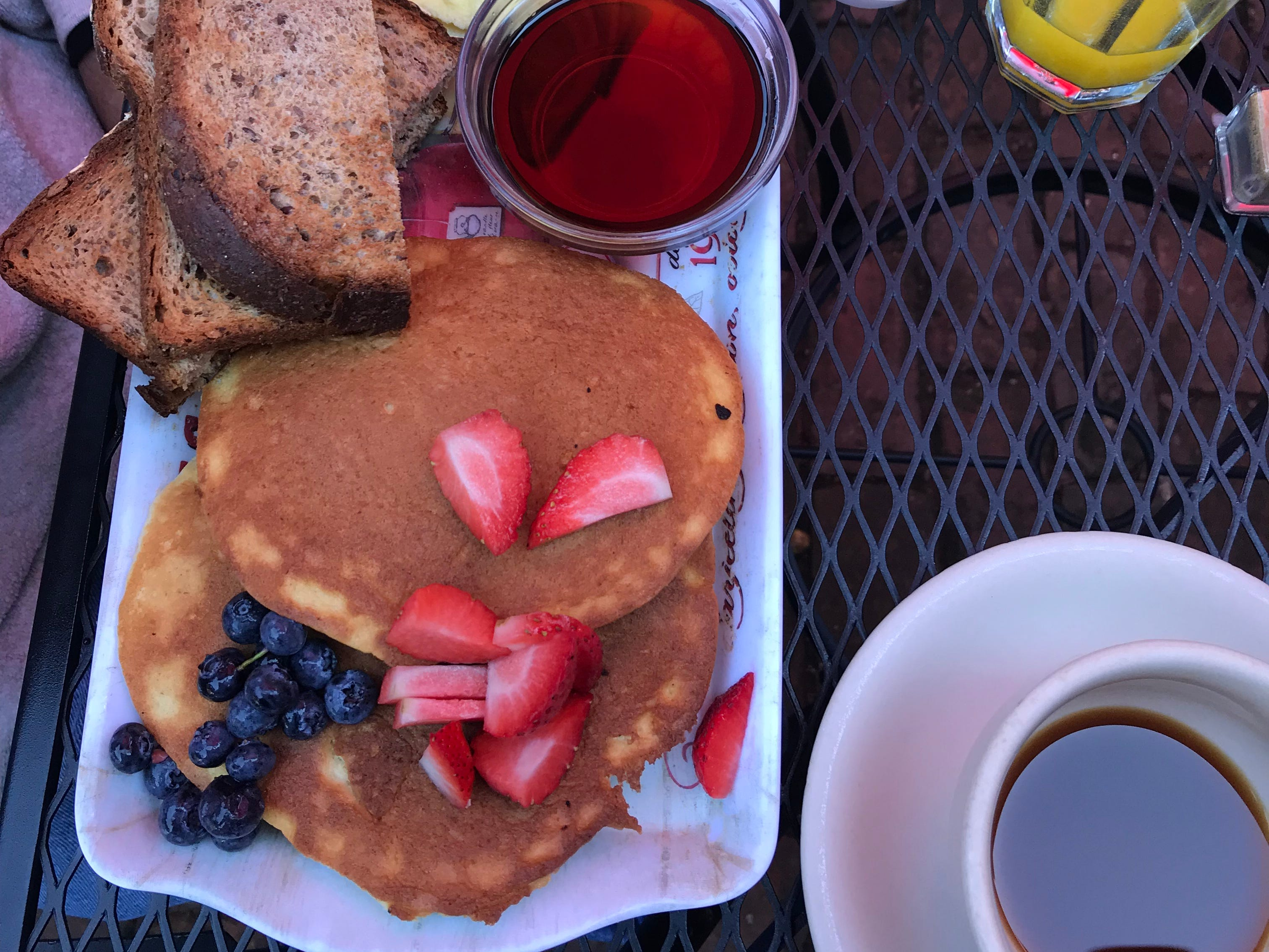 Ricotta pancakes at Art Cafe of Nyack. Photographed August, 2018.