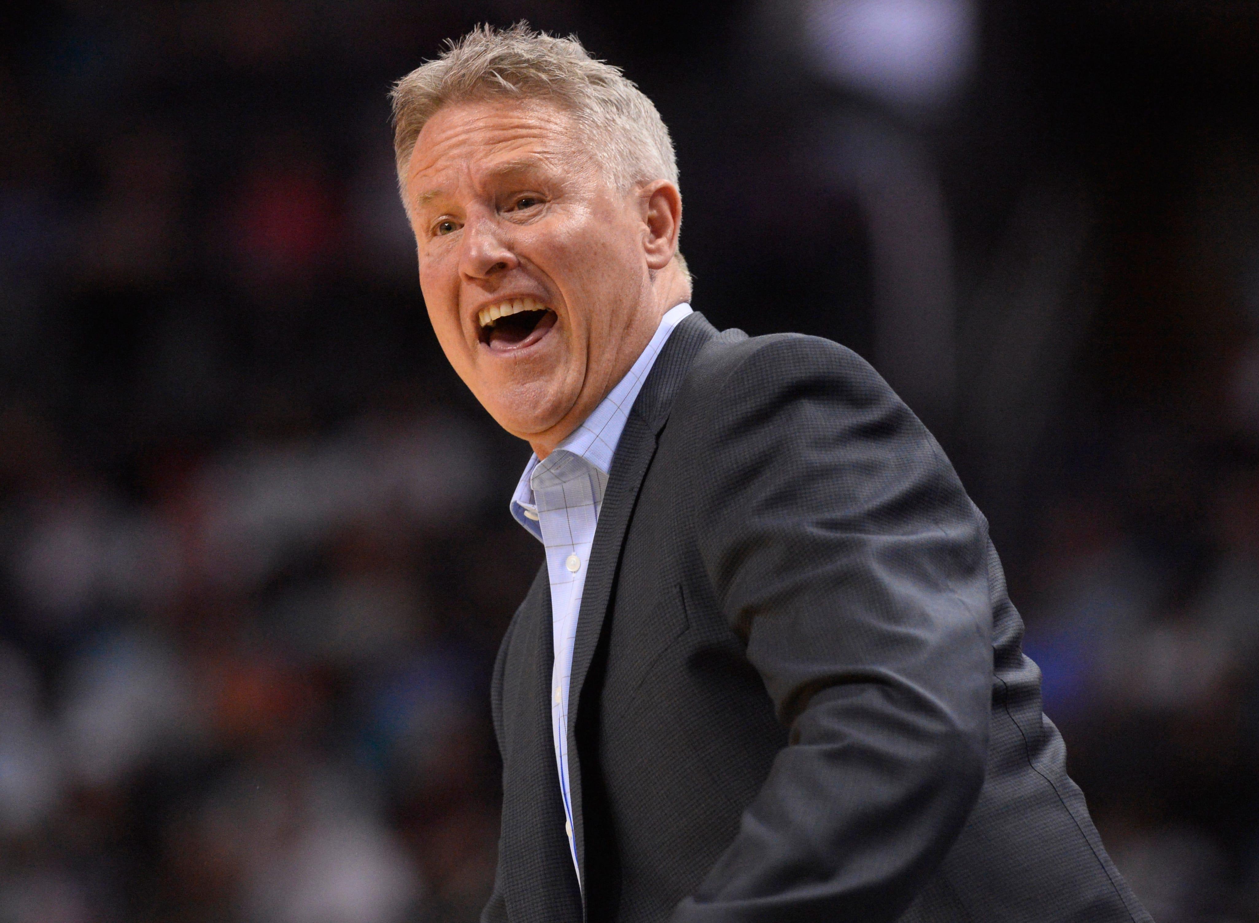 Nba Philadelphia 76ers At Charlotte Hornets