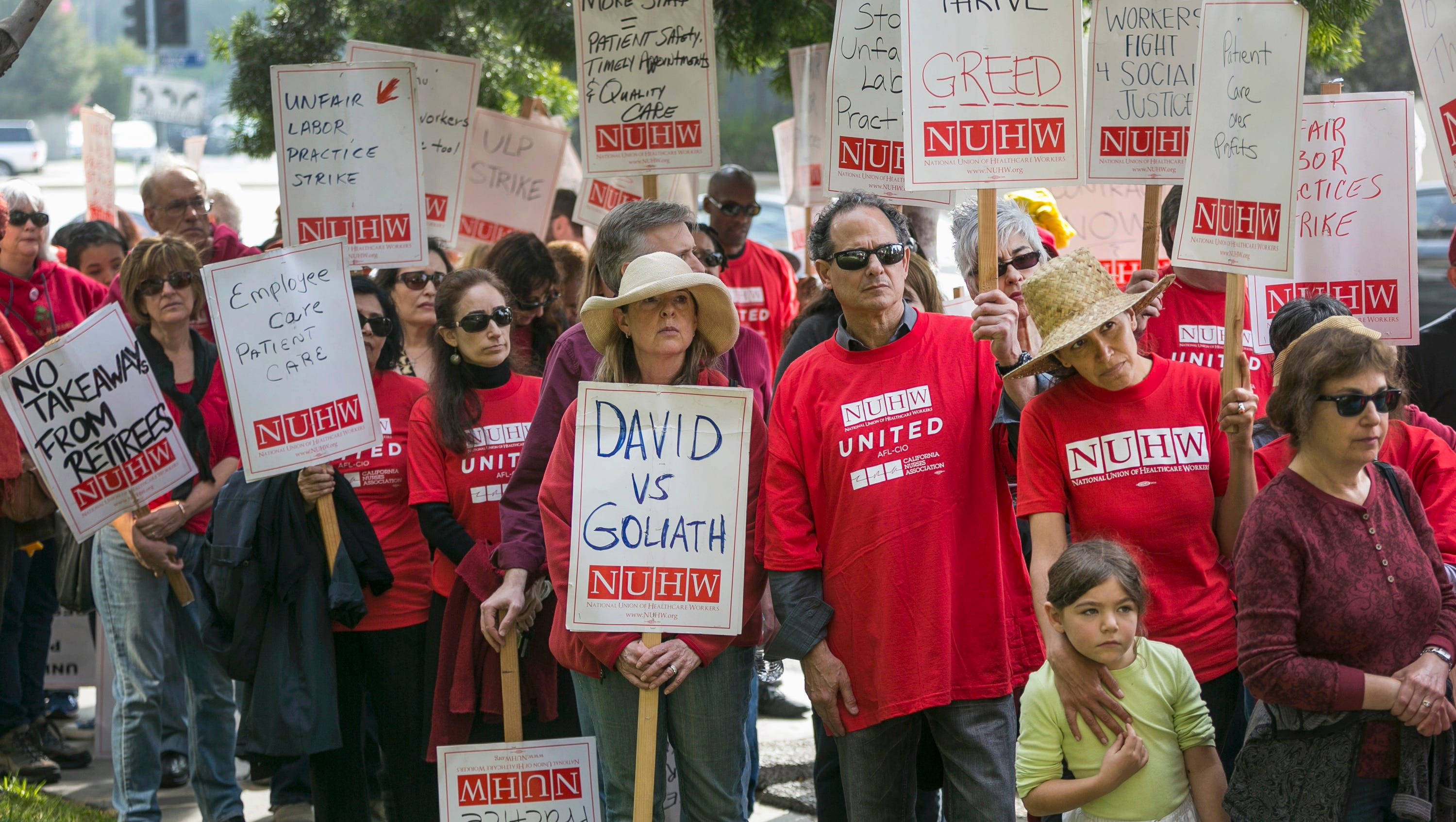 Kaiser Permanente Strike Mental Health Workers Walk Out In California