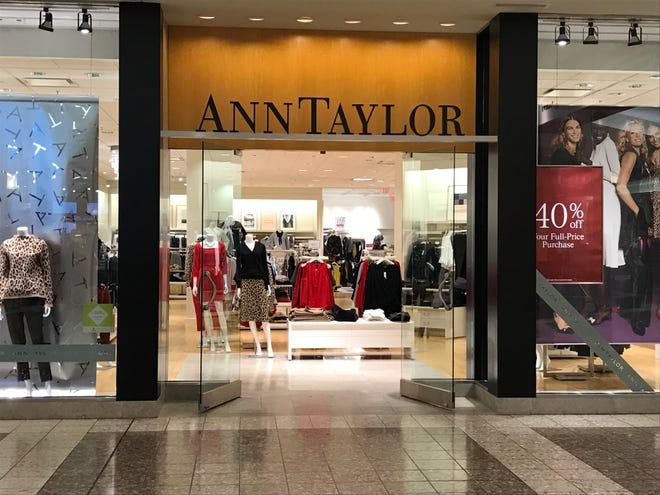 Ann Taylor in the Fox River Mall