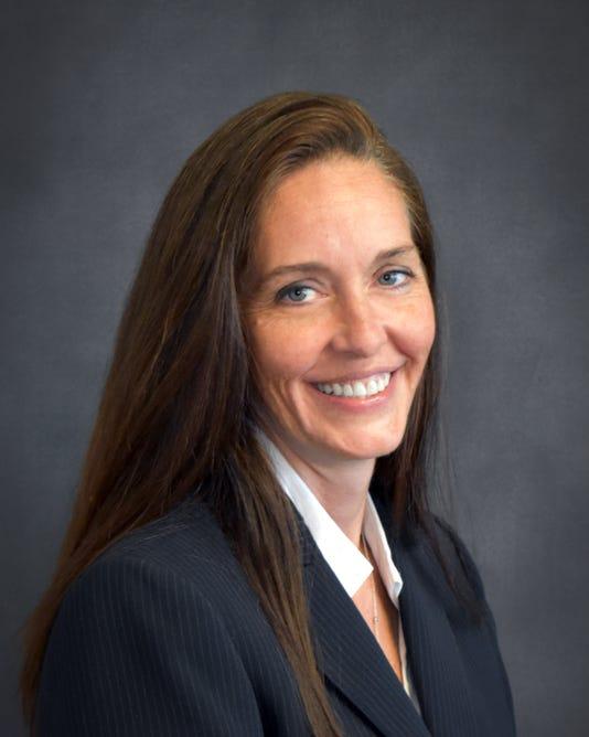 Lisa Morrell Headshot