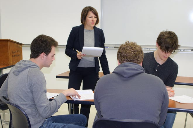 Stacy Brooks, Chillicothe's first lady, teaches a class at Ohio University Chillicothe.