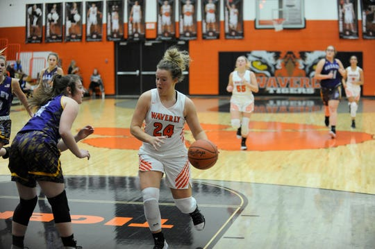 Zoiee Smith scored 22 points for Waverly as the Tigers defeated Northwest 40-37 on Thursday.