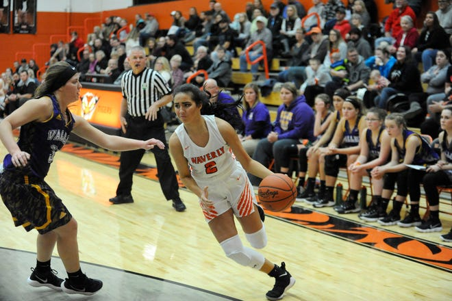 Kami Knight scored 14 points in Waverly 54-49 win over Chillicothe on Monday.