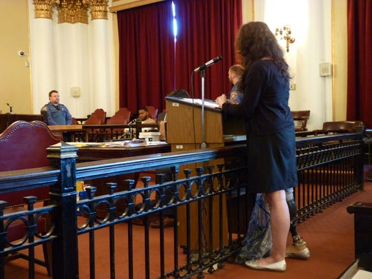 Stacey Lopez testifying at Nathaniel Young Jr.'s trial.