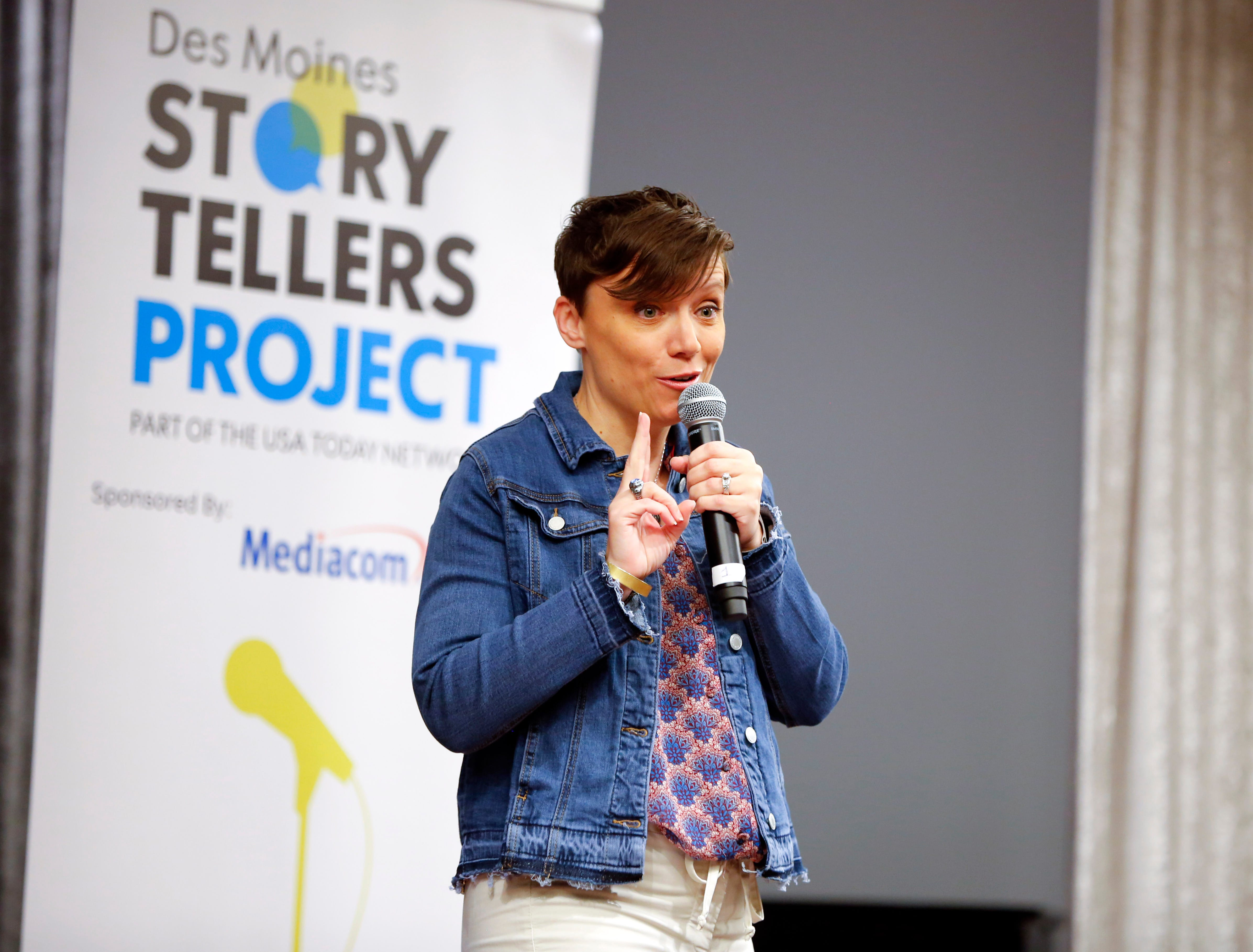 "Sara Maniscalco Robinson speaks at the Des Moines Storytellers' ""War Stories: Battles on the frontline and back home"" at the Tea Room Thursday, Dec. 6, 2018."