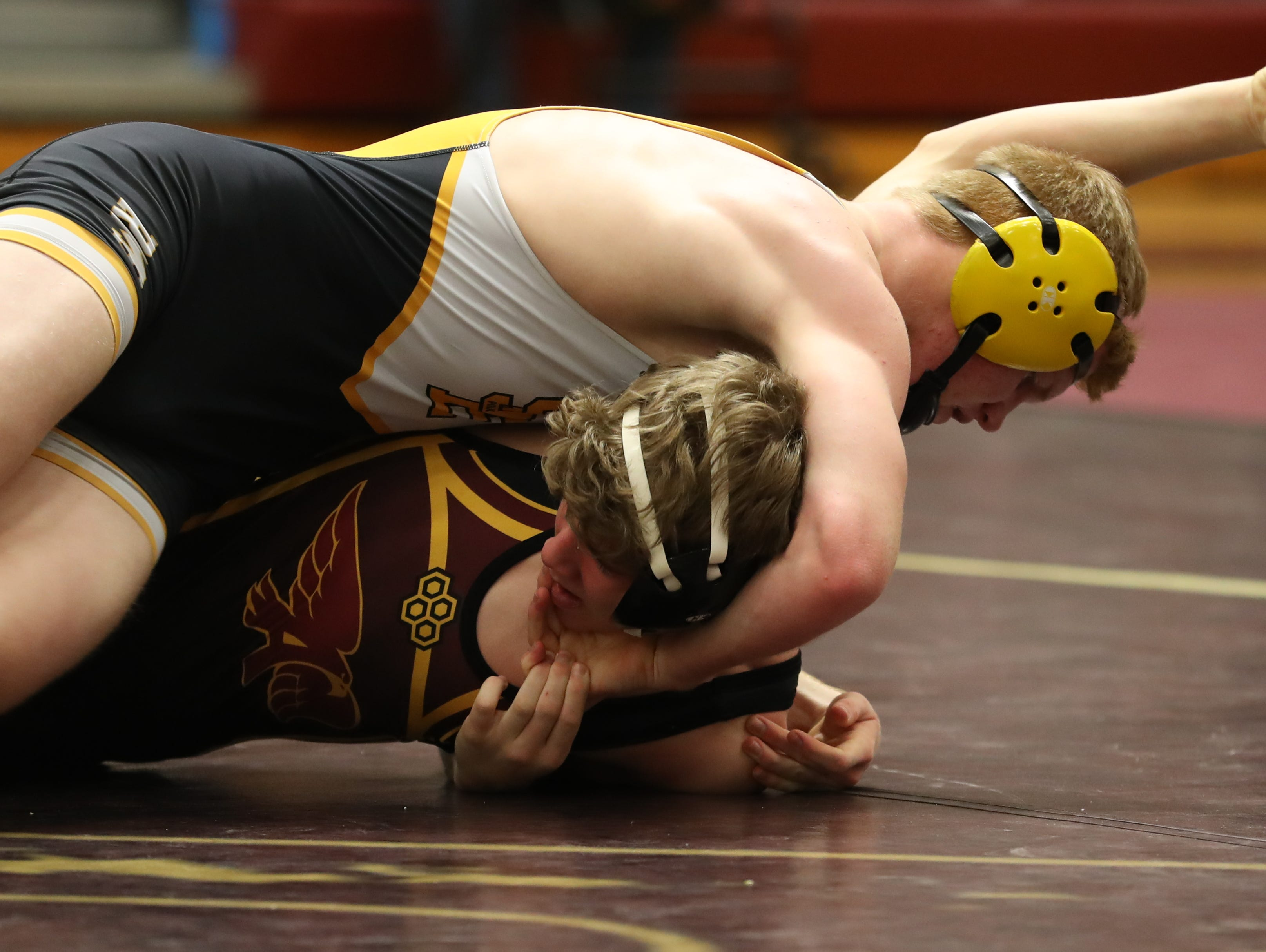 Dec. 4, 2018; Des Moines, IA  USA; Ryan Strickland (Southeast Polk) over Cole Lansing (Ankeny) (Fall 1:32) at Des Moines Lincoln High School. The Rams beat the Hawks 54-14.