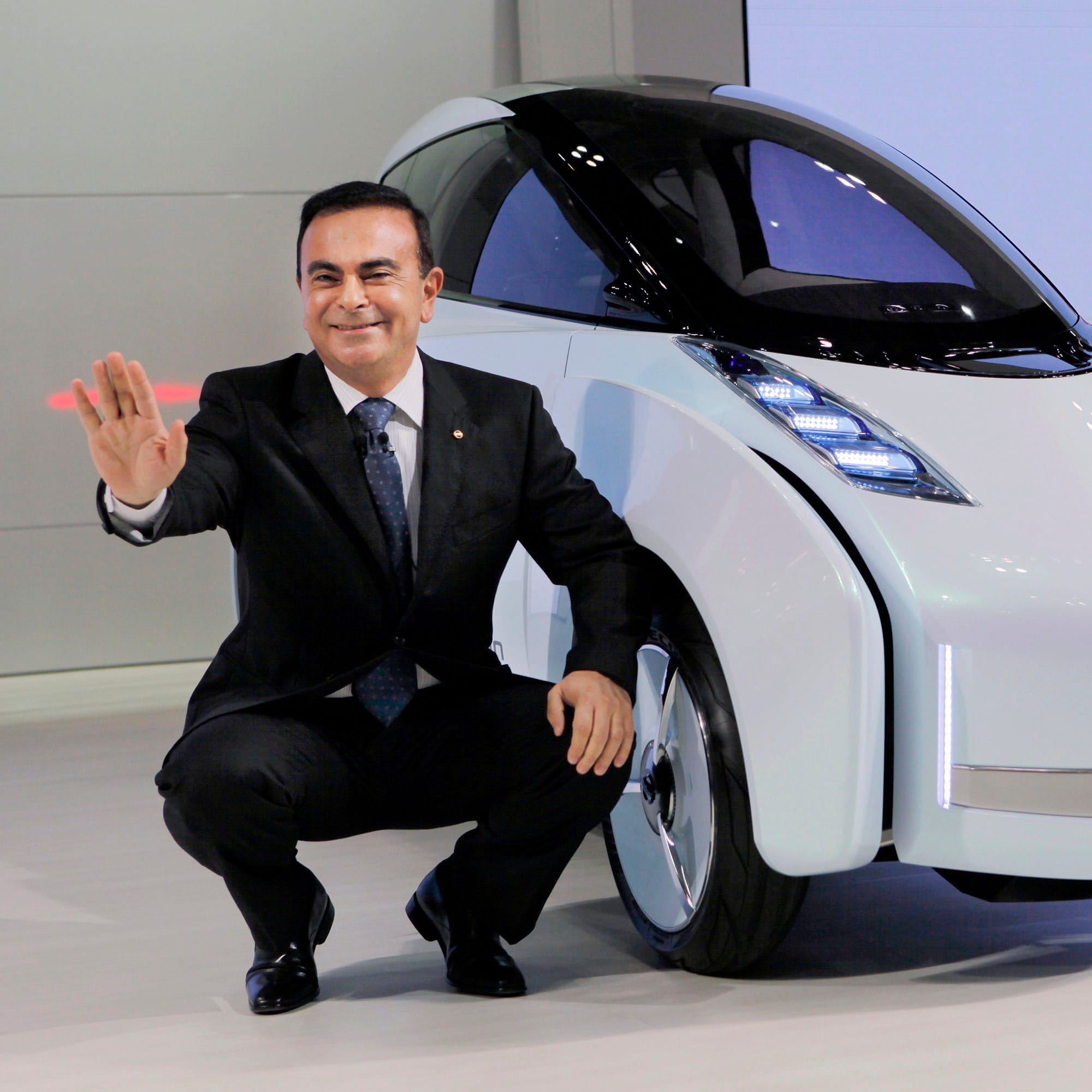 Renault-Nissan spins its wheels while Carlos Ghosn sits in jail