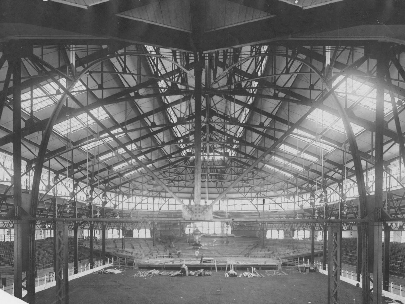 Interior of the original Indiana State Fairgrounds coliseum in 1915.