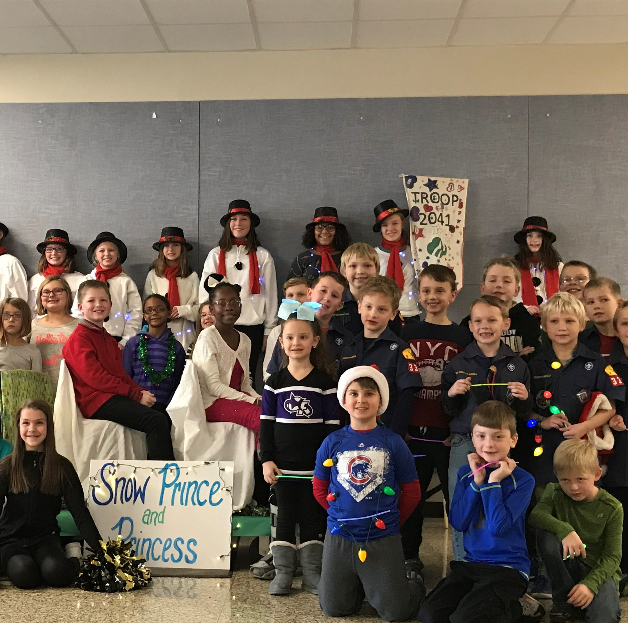 TSC principal organizes Christmas parade to celebrate students