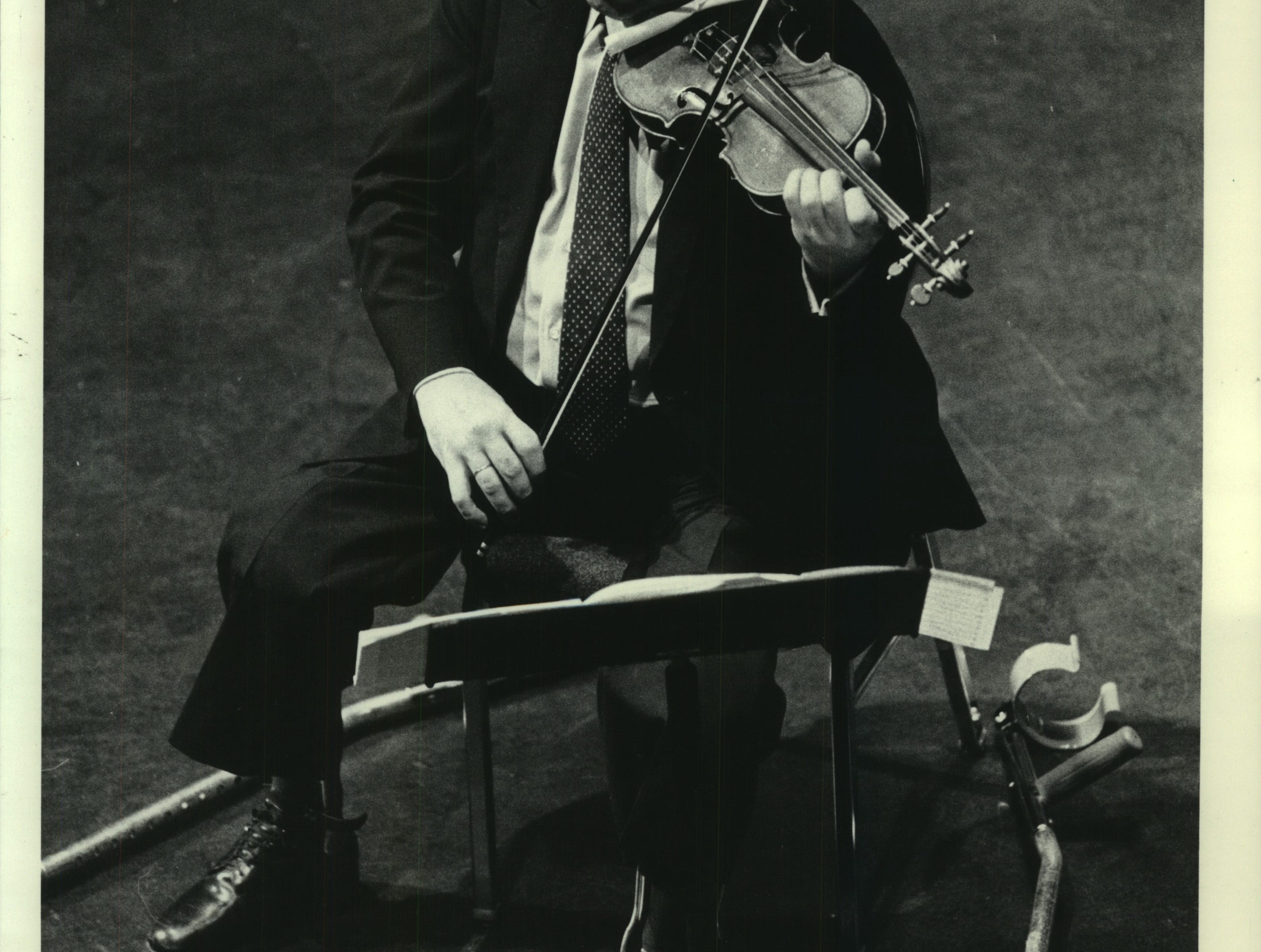Violinist Itzhak Perlman performed Monday in a recital at the PAC. Perlman at the PAC in a 1984 concert.