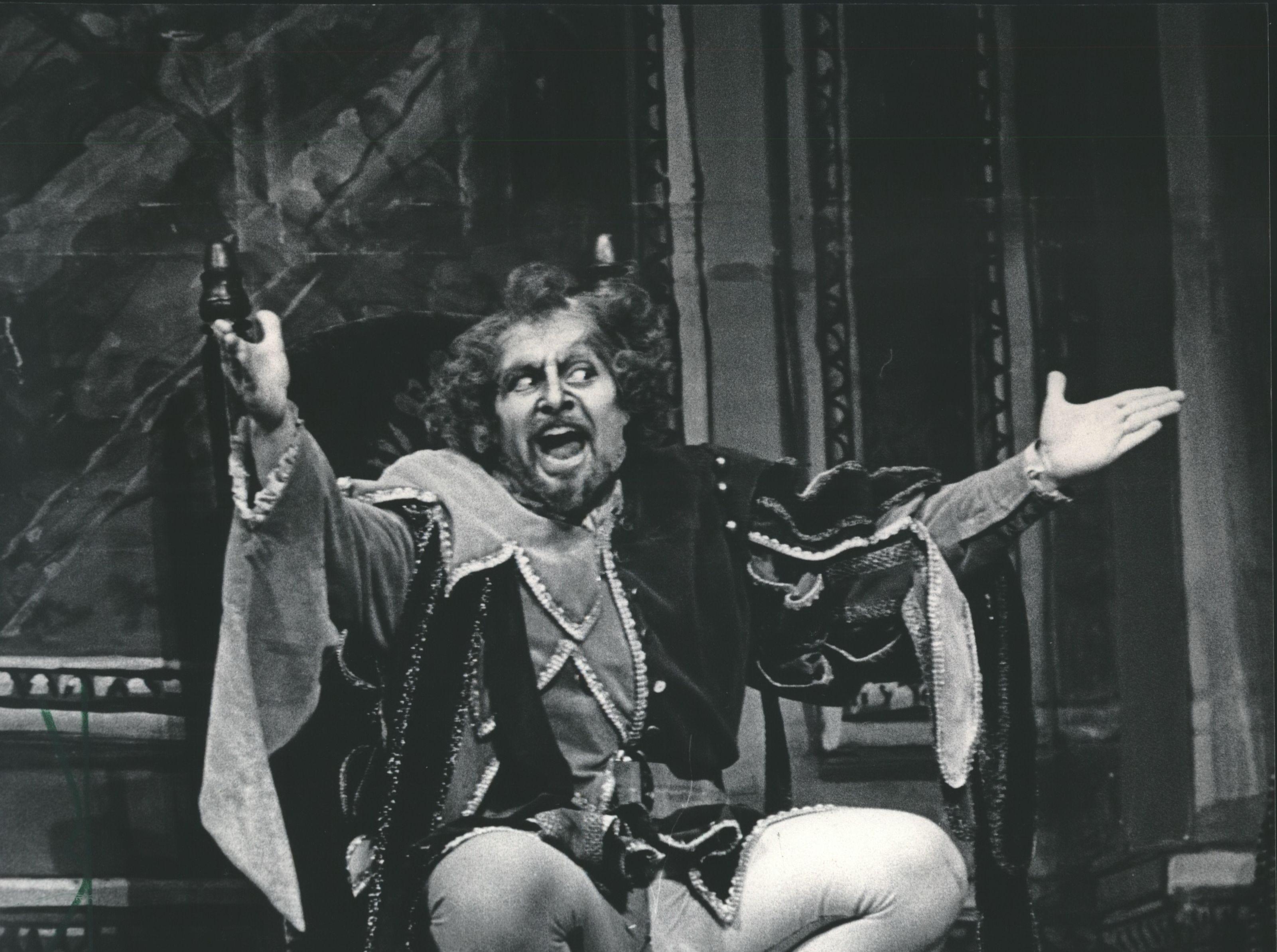 "Baritone Frederick Burchinal sang the title role in Verdi's ""Rigoietto "" Florentine Opera at PAC in Milwaukee, Wisconsin."