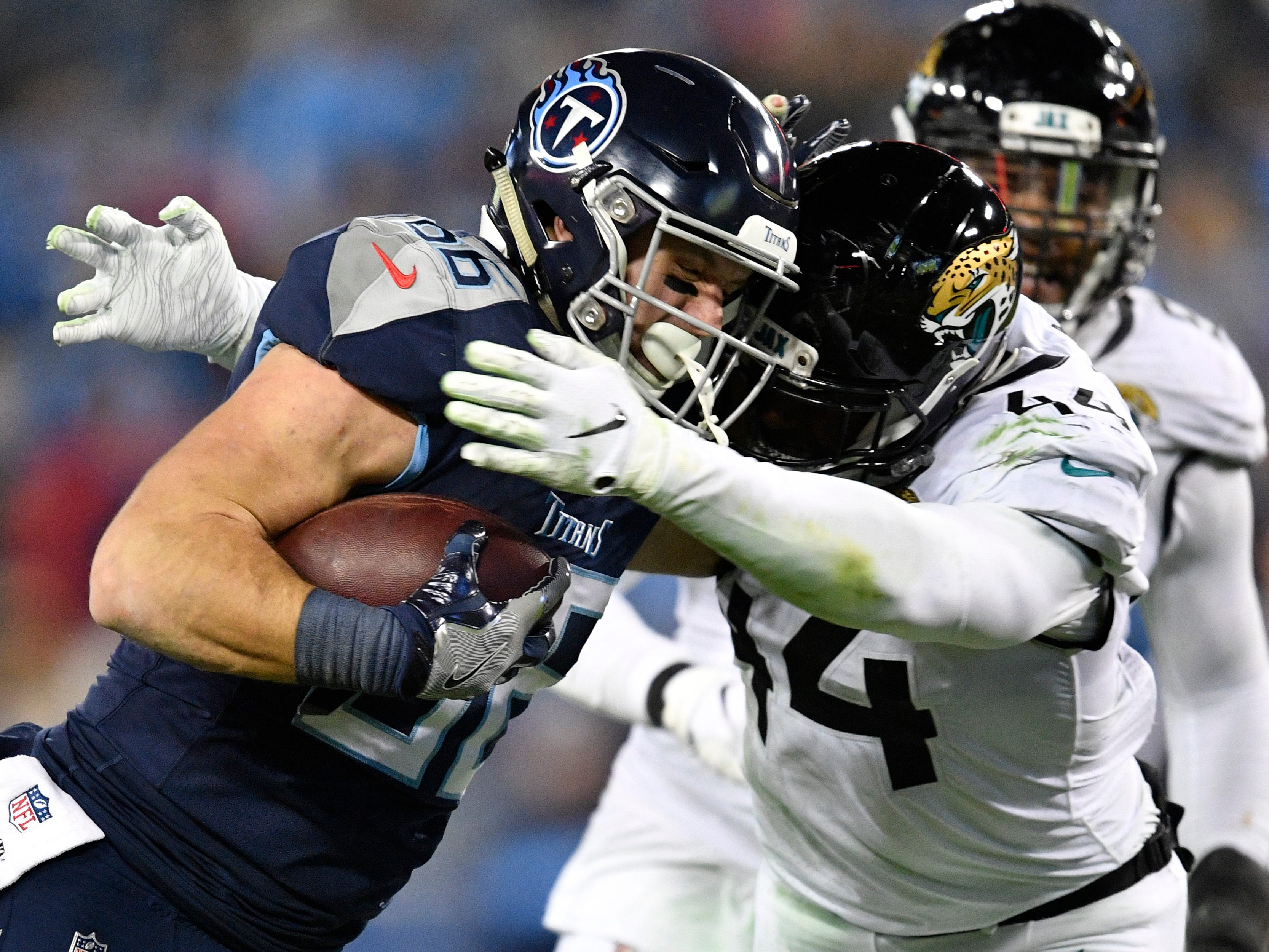 Titans turn to Anthony Firkser-led tight ends group in wake of Jonnu Smith injury