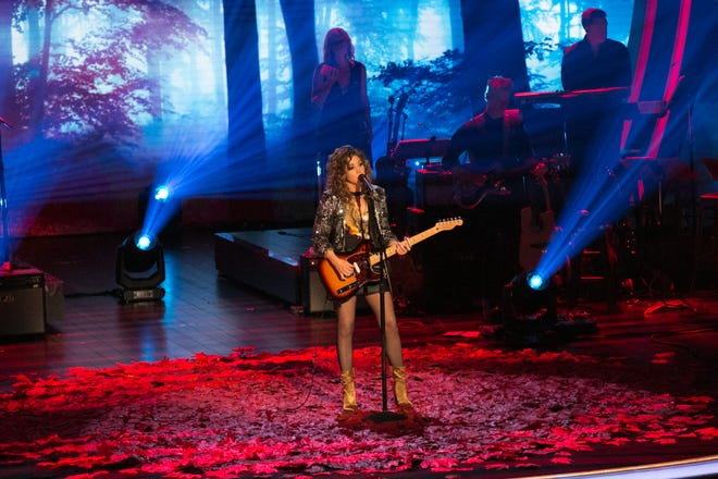 """Jamie Floyd performs during a taping of USA Network singing contest show """"Real Country."""""""