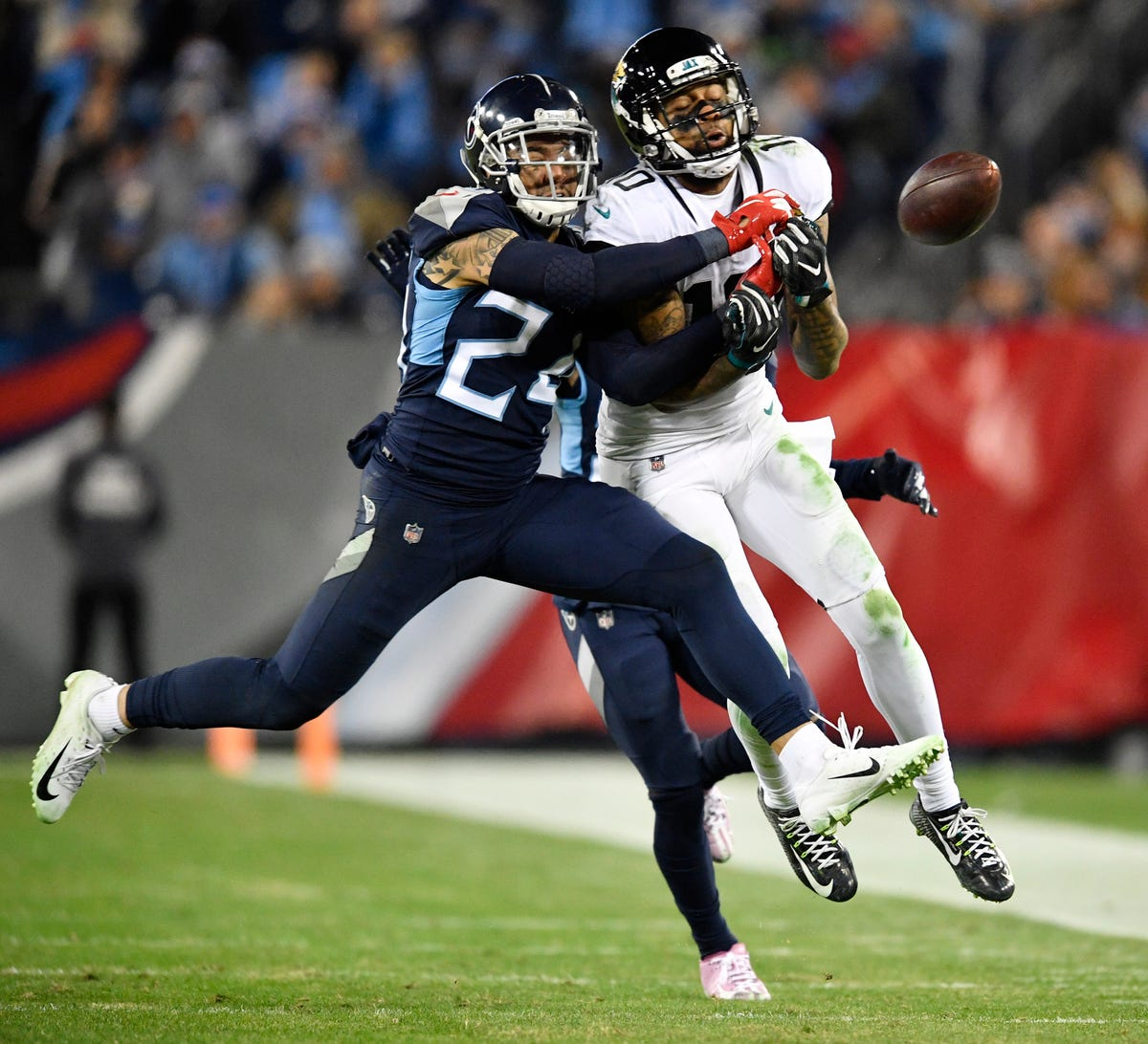 789c8f510 NFL free agency  Titans address needs with flurry of signings