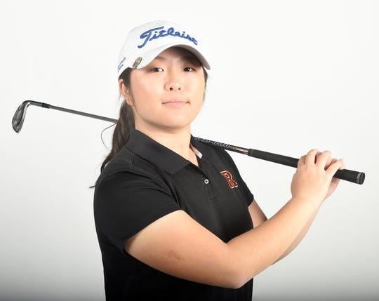 Shelly Jang, Ravenwood golfer