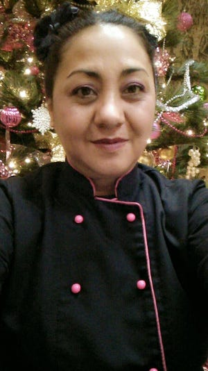 Elizabeth Ruvalcaba has been named as Star Performer at the Double Eagle Restaurant for outstanding work in September and October, 2018.