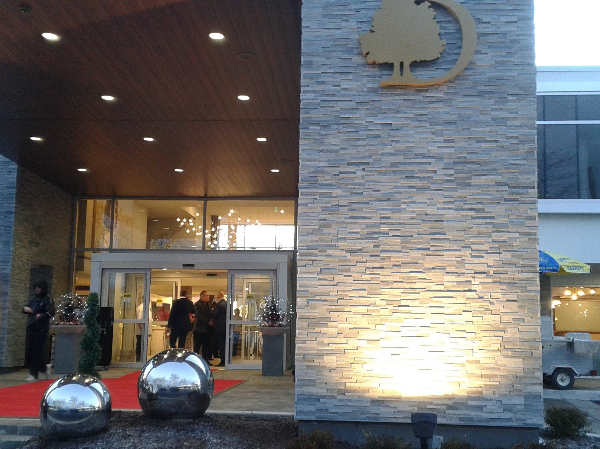 The entrance to the new DoubleTree by Hilton Bloomfield Hills Detroit