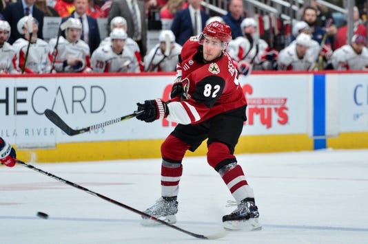 Nhl Washington Capitals At Arizona Coyotes