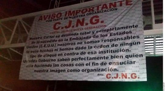 Por medio de narcomantas que aparecieron en al menos tres puntos de la Ciudad, firmadas por un cartel que surgió en Jalisco, el grupo se deslinda del ataque contra el Consulado Americano.