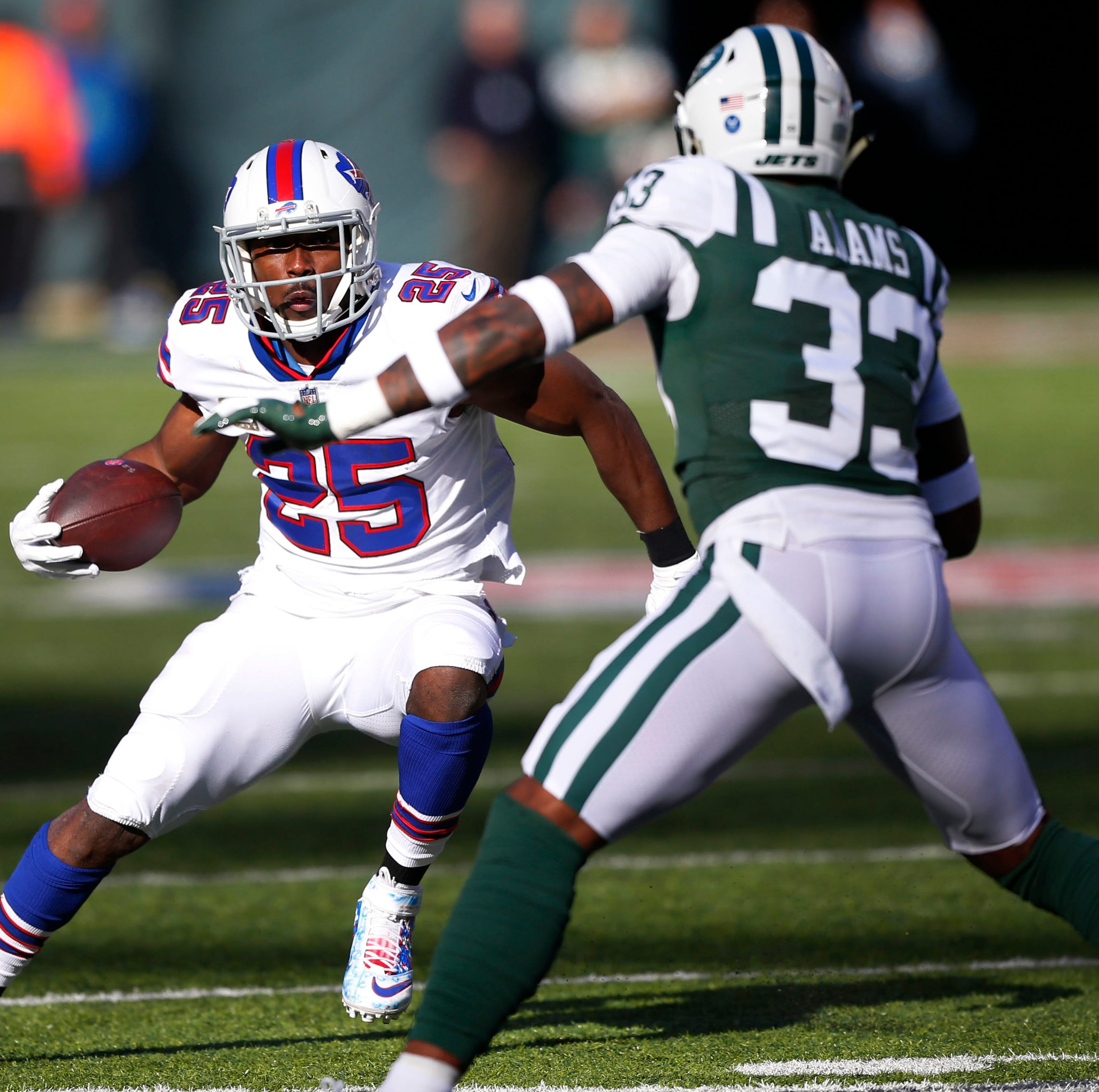 Two teams going nowhere, but QB matchup makes Bills vs. Jets semi-interesting