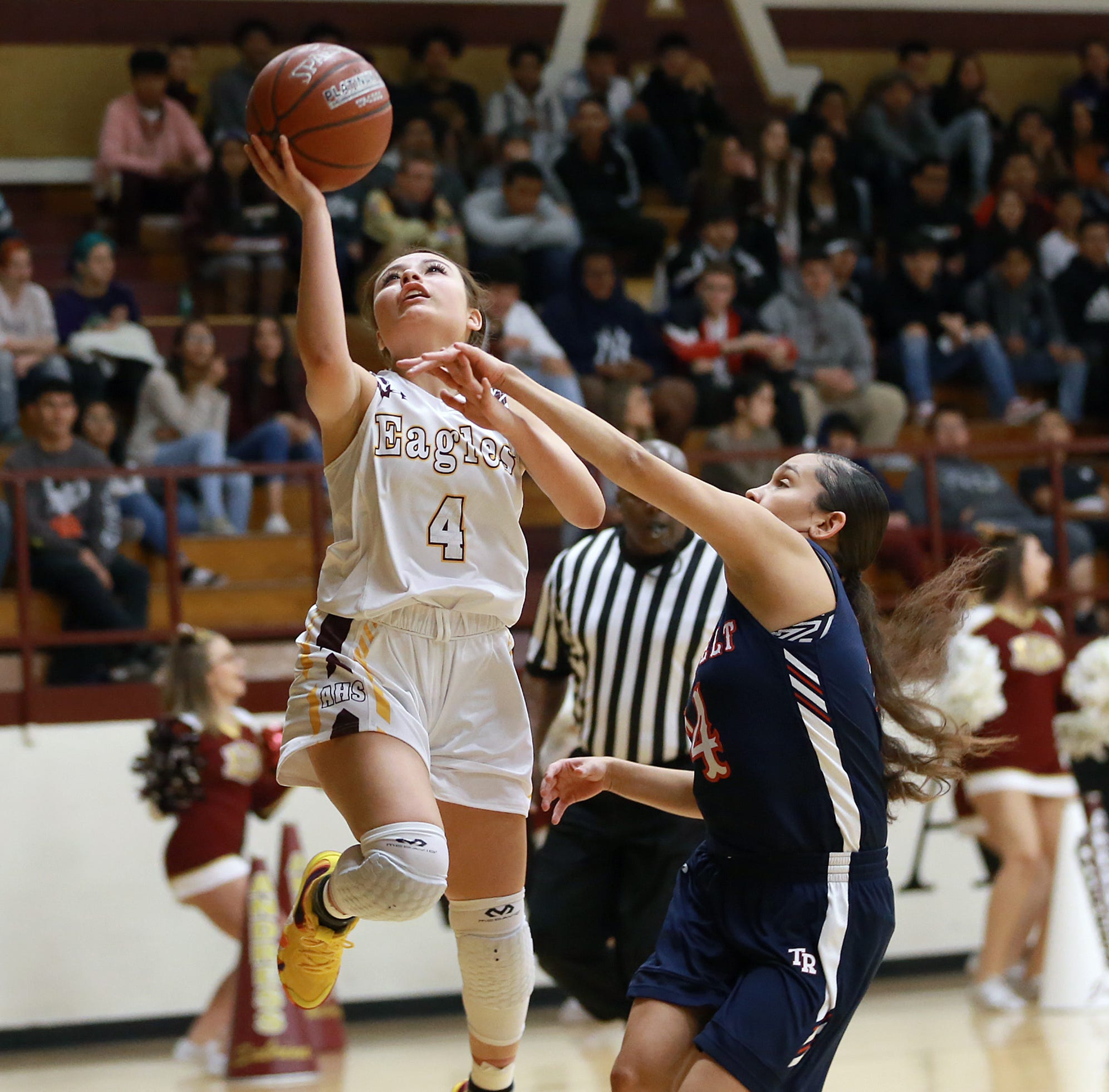 Andress destroys San Antonio Roosevelt in the McDonald's Basketball Classic 54-20.