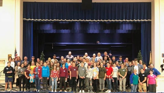 Millville High School recently hosted 19 German students and two German teachers from the Kurfuerst-Friedrich Gymnasium in Heidelberg, Germany.