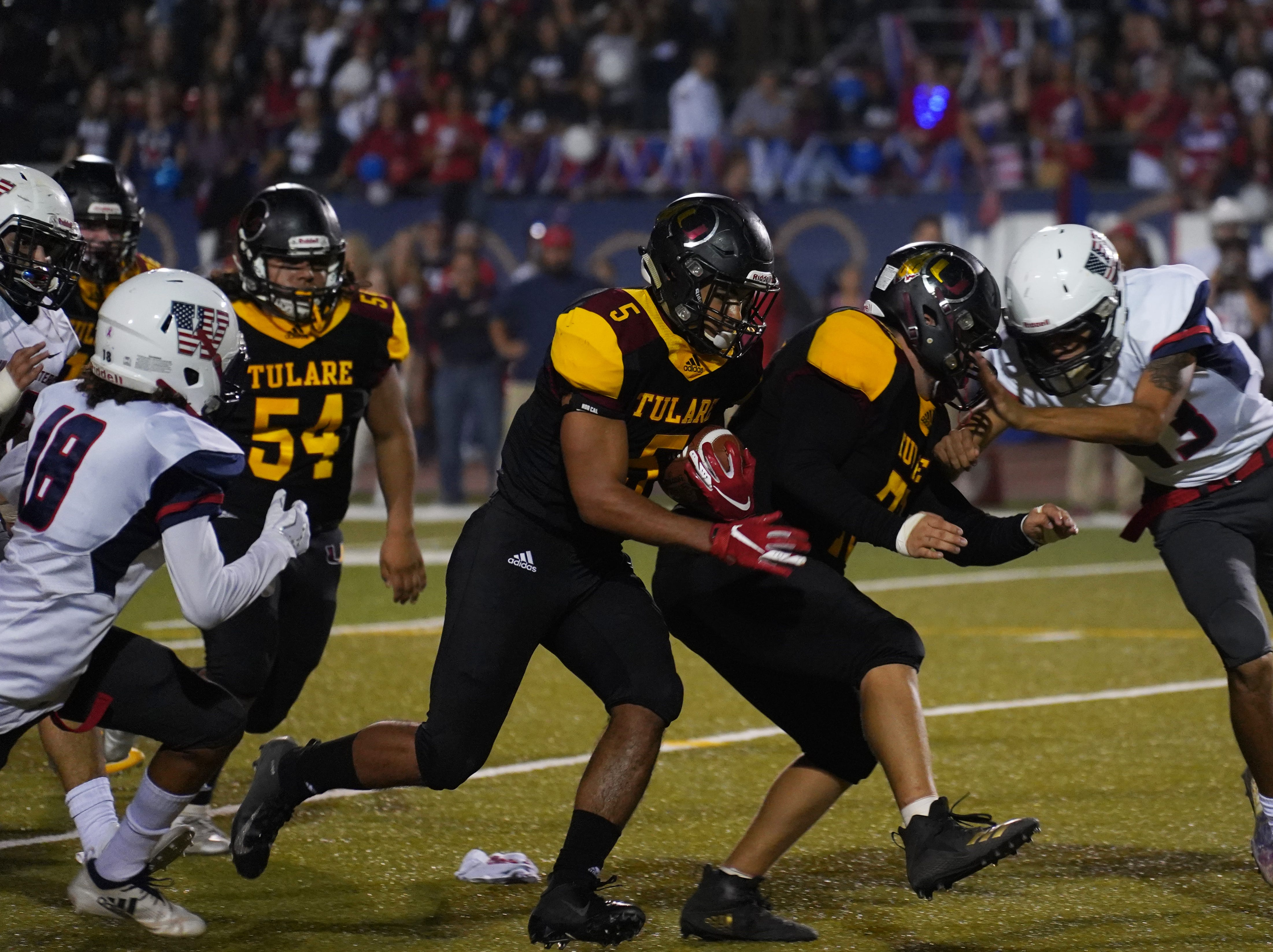 Tulare Union's David Dailey making an impact on offense and defense