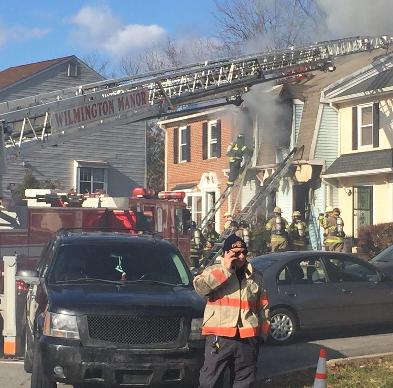1 dead, 2 injured in house fire near New Castle