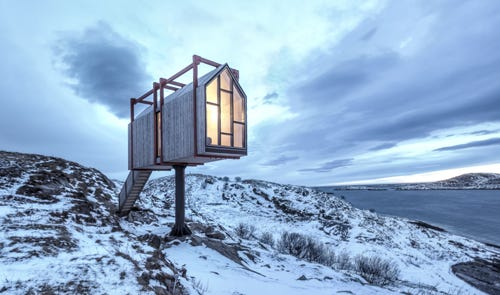 Fordypningsrommet is an island featuring tiny homes that you can only get to byboat, and the entire island isavailable for rent in Norway.