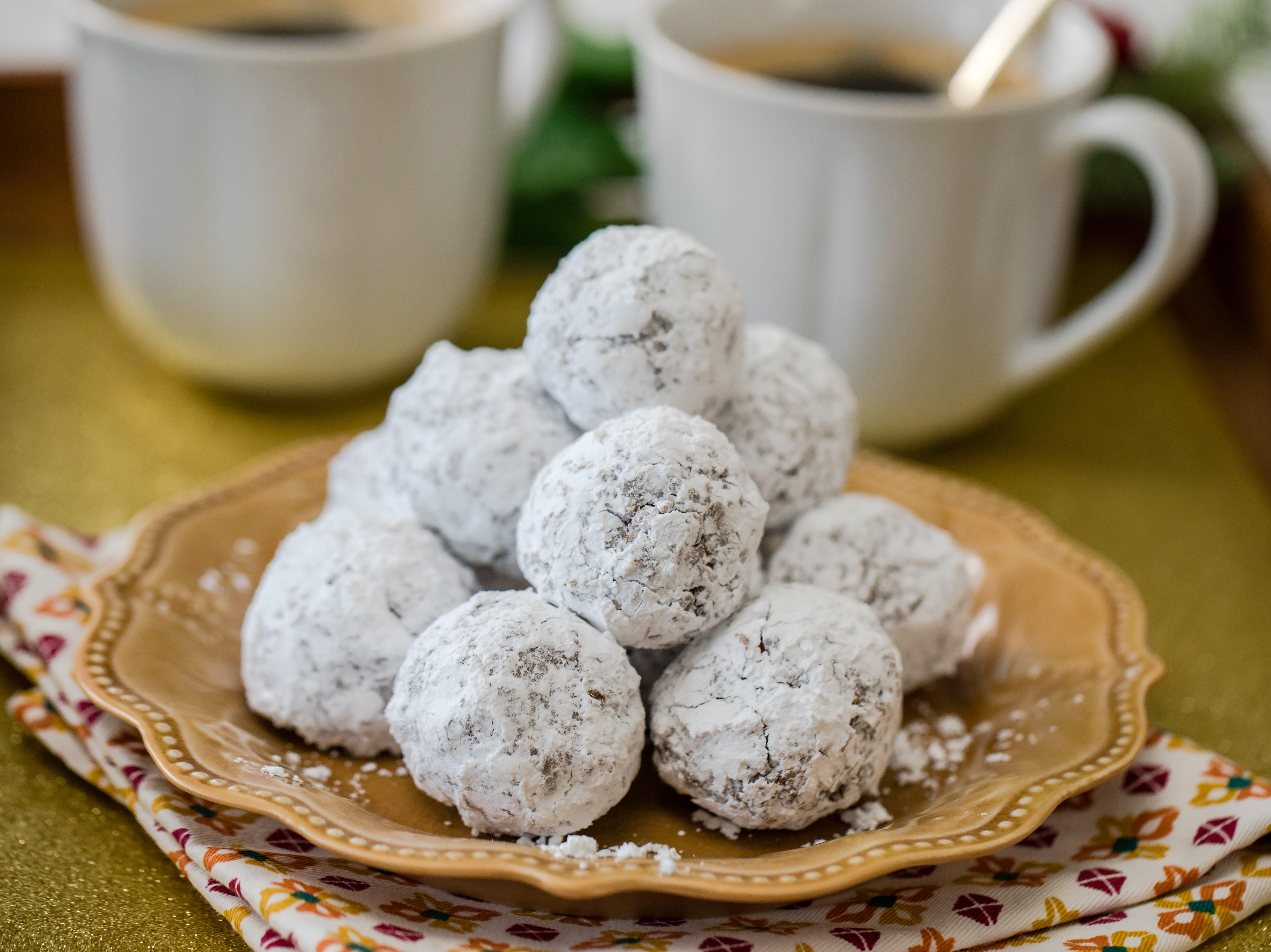 Chocolate-Kahlua snowball cookies