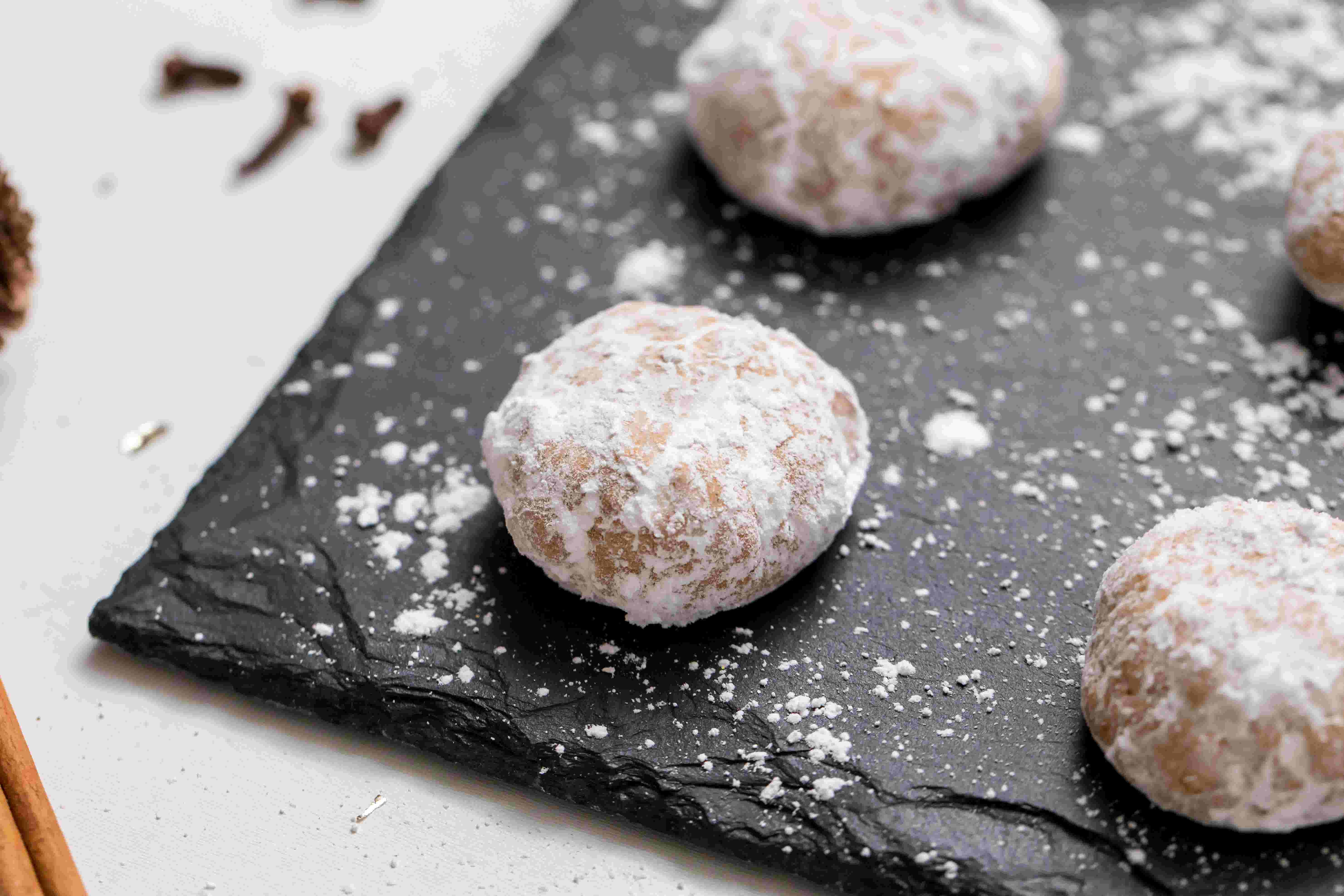 Try These Gluten Free And Vegan Chai Spiced Snowball Cookies