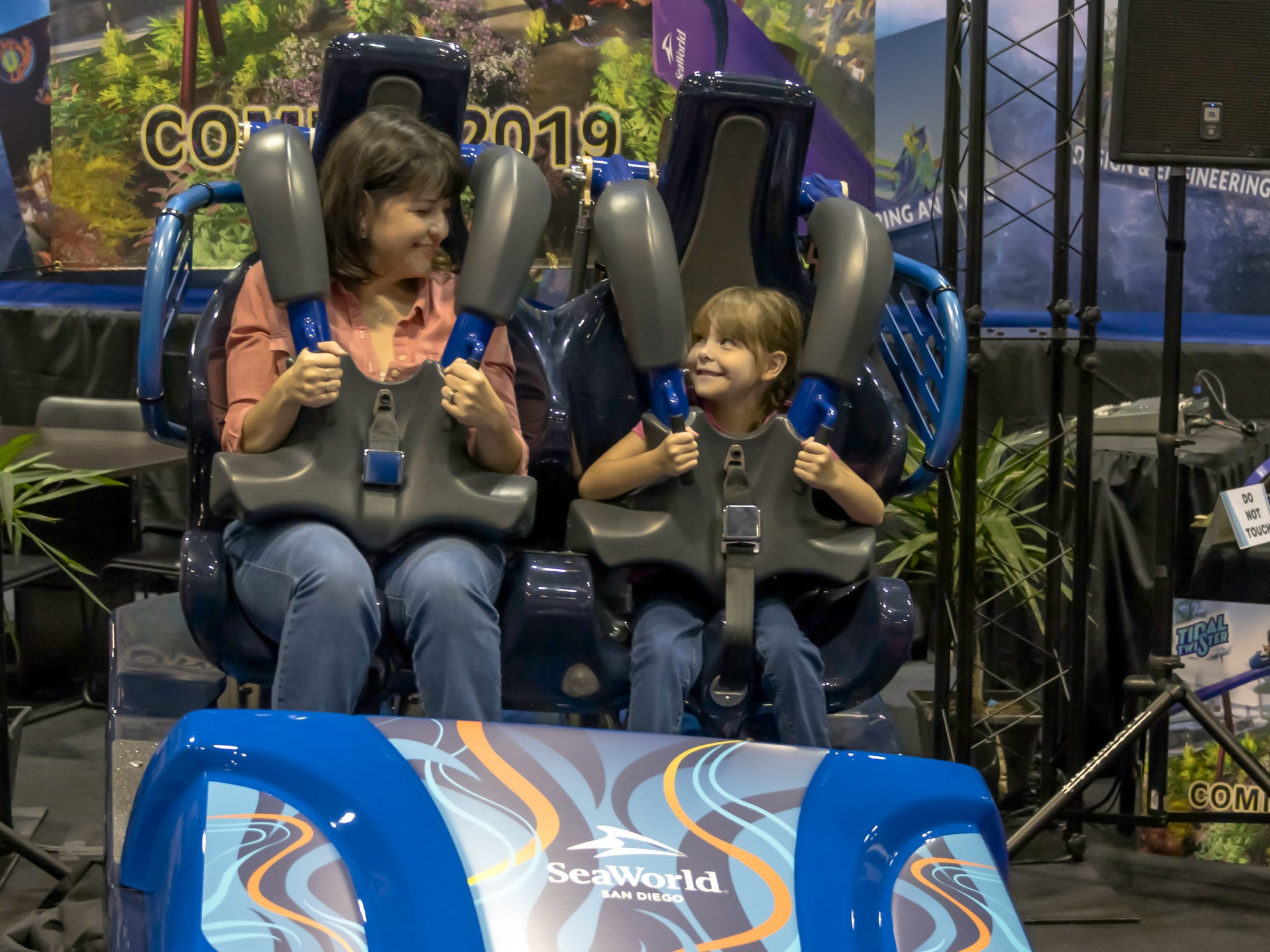 Some of the thrill machines that will be opening in 2019 were showcased at the expo, including Tidal Twister, coming to SeaWorld San Diego in California. Manufactured by Skyline Attractions, the ride will feature two sets of cars that will race forward and backwards a number of times and cross over one another in the middle of a compact, horizontal, figure-8 track.