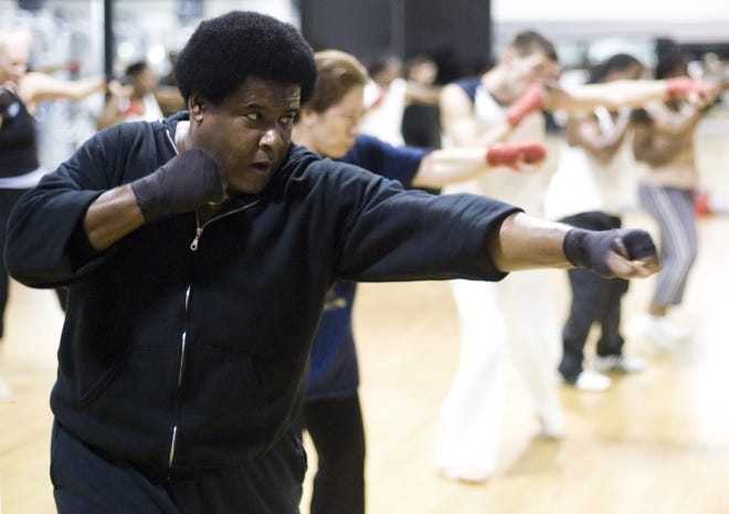 Gerald Murphy leads a kickboxing class at a gym in Tallahassee, Fla.,  in November 2007.