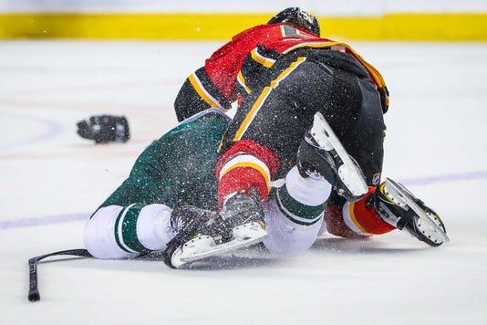 Usp Nhl Minnesota Wild At Calgary Flames S Hkn Cgy Min