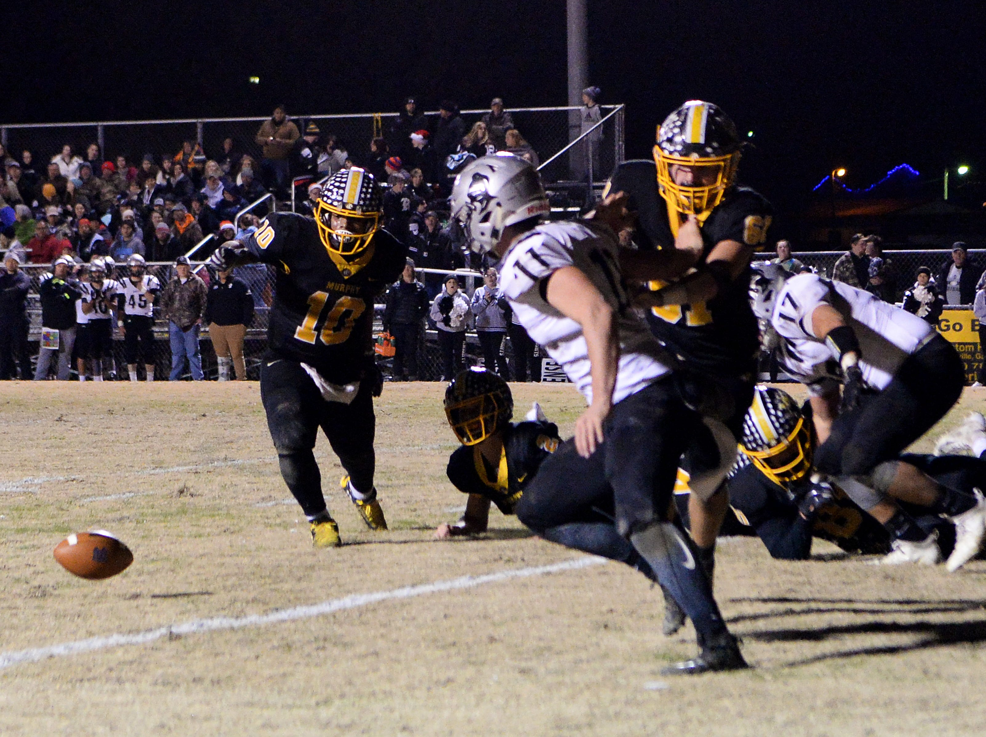 Murphy hosted Robbinsville in the NCHSAA 1A West regional final at Murphy High School on Dec. 7, 2018. The Bulldogs defeated the Black Knights 28-6 and will advance to the state championship game.