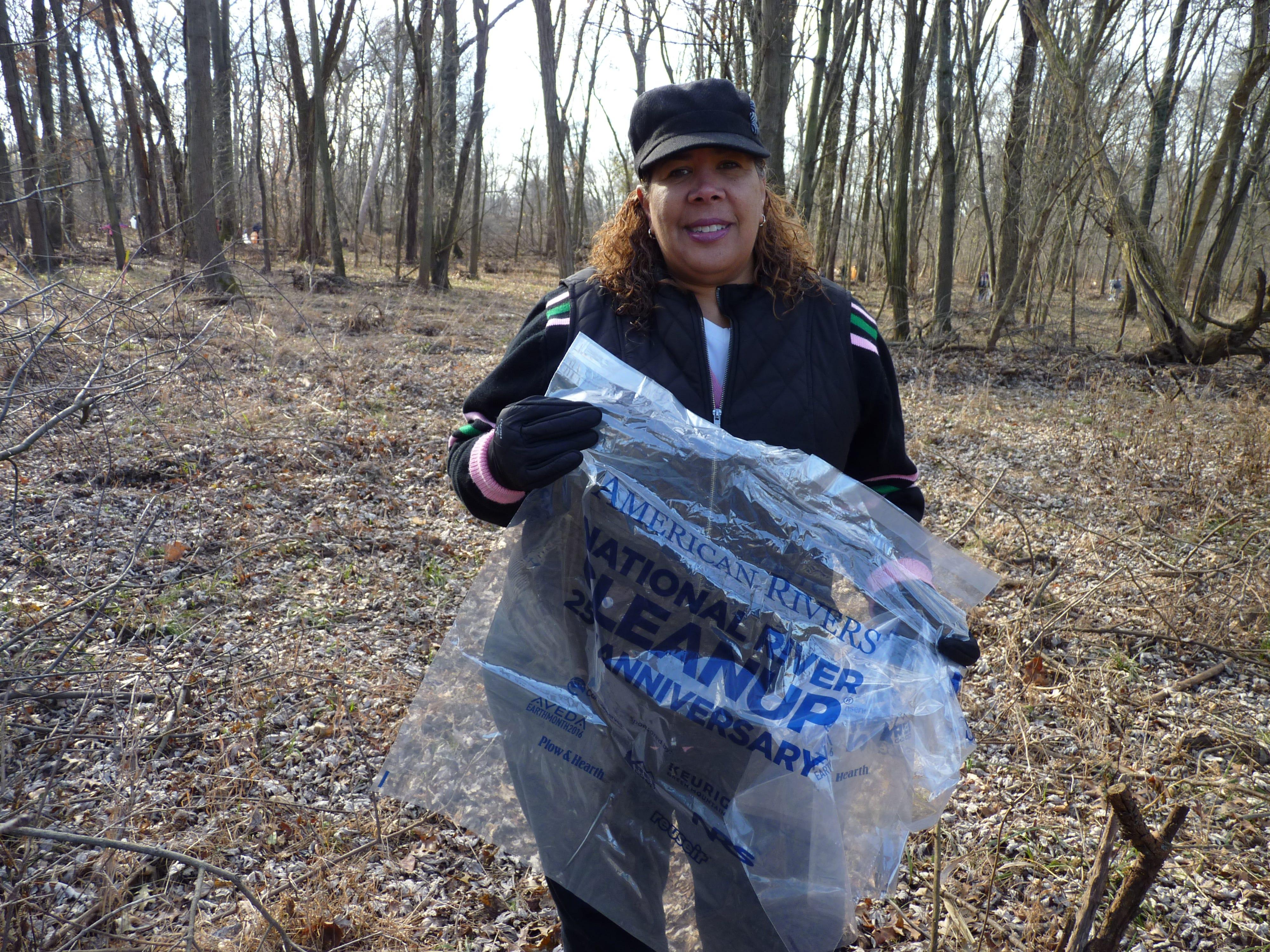Assemblywoman Linda Carter volunteering at the Green Brook cleanup on Dec. 8, 2018.