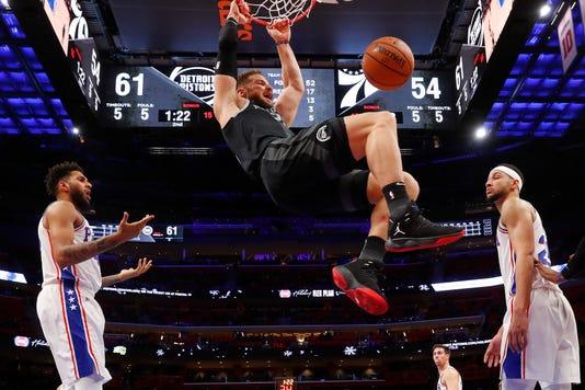 Ap Aptopix 76ers Pistons Bas 1