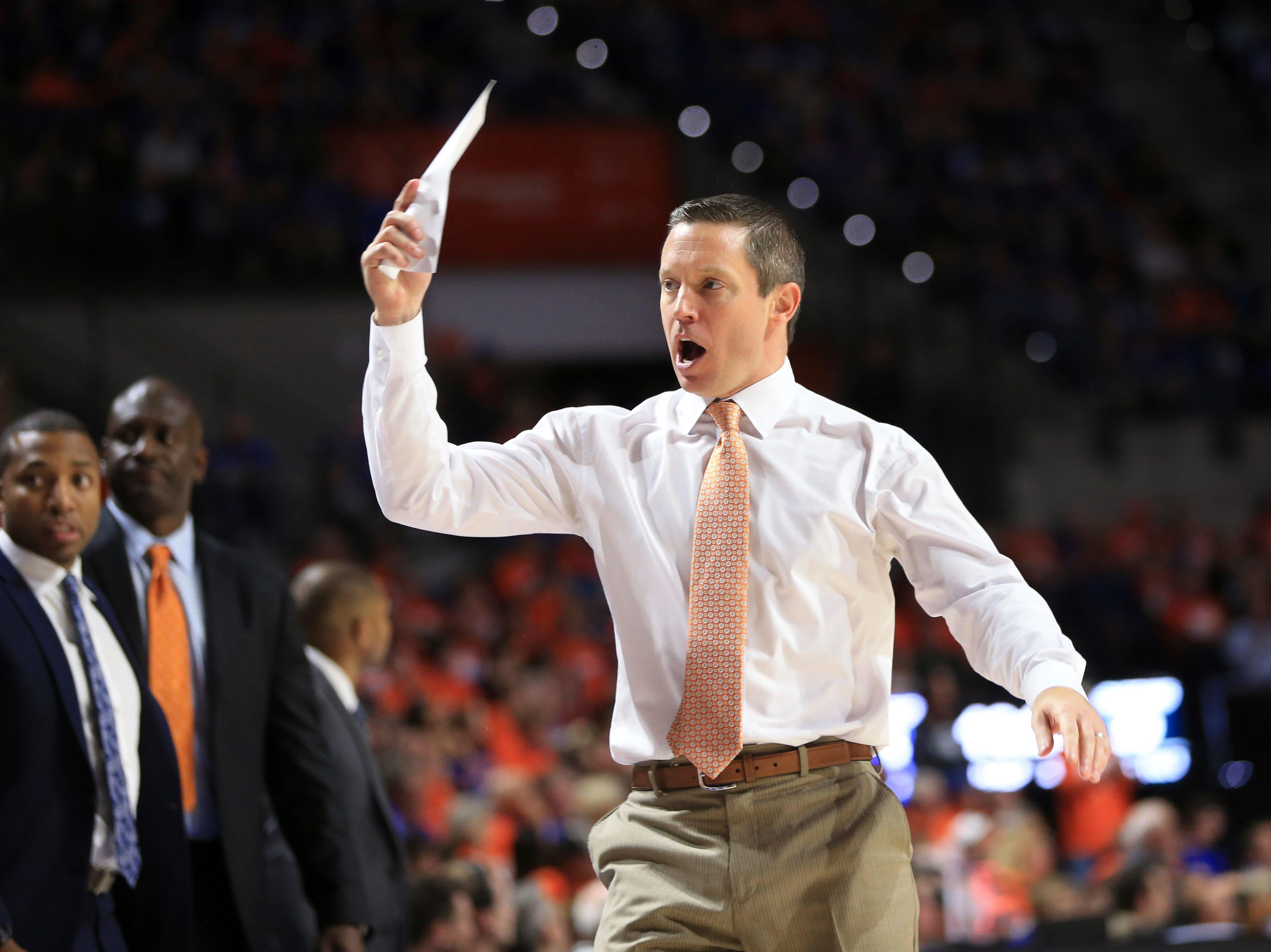 Florida head coach Mike White reacts during the second half.