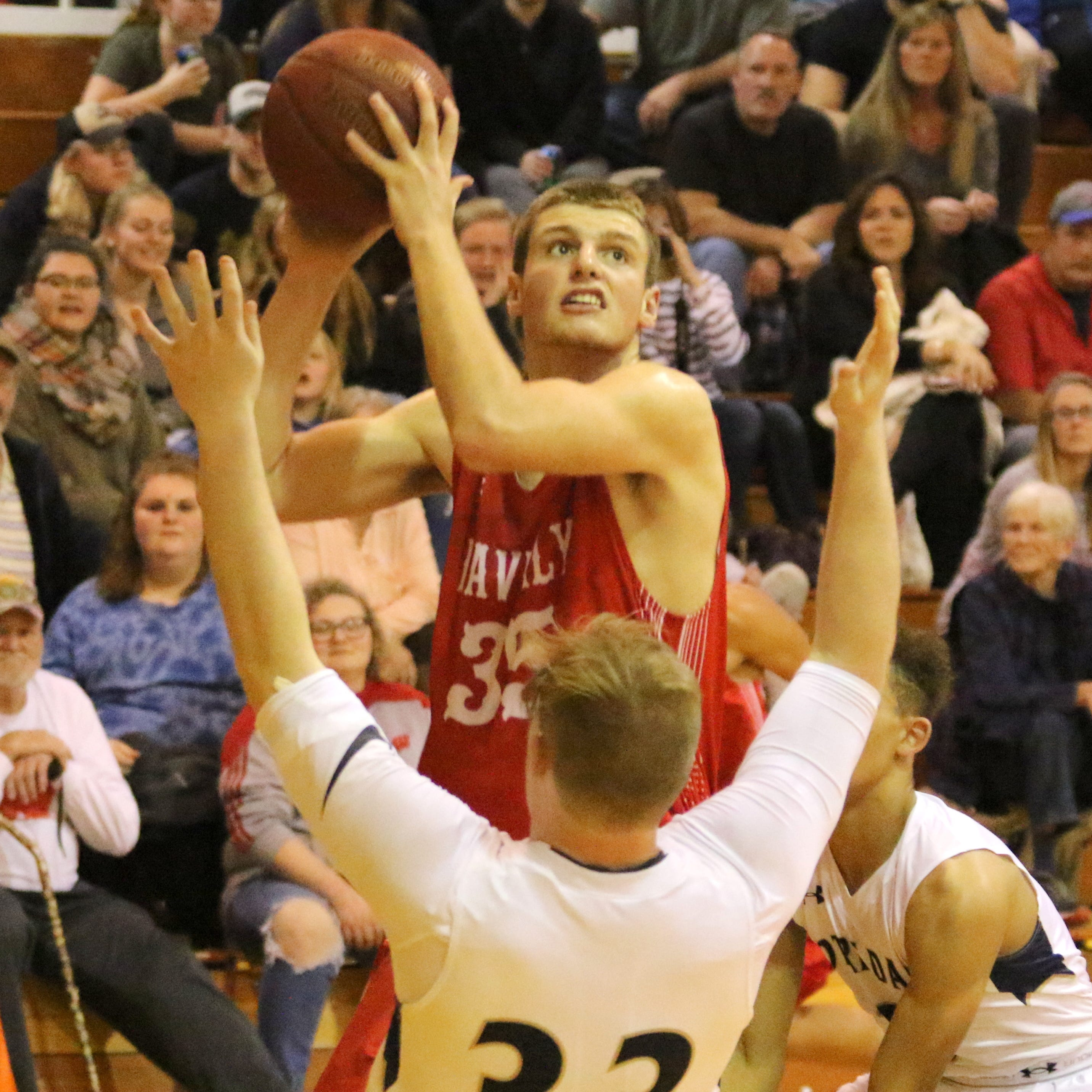 Boys basketball: Scott Woodring hits for 41 points as Waverly holds off Notre Dame