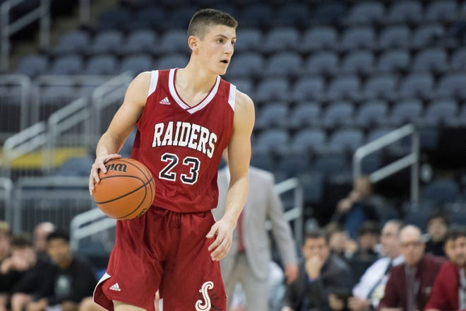 Southridge's Colson Montgomery (23) reads the court during the Mater Dei vs Southridge game of the inaugural River City Showcase at the Ford Center Saturday, Dec. 8, 2018.