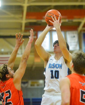 Blake Thelen scored 24 points Friday night as Great Falls High defeated Missoula Sentinel.